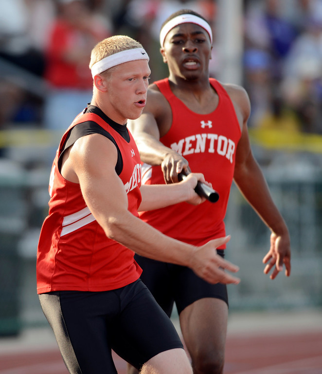 Description of . Maribeth Joeright/MJoeright@News-Herald.com <p> The Mentor boys took fifth place in the Division I 4X400 meter relay during the state track and field championship meet in Columbus,  June 7, 2014.