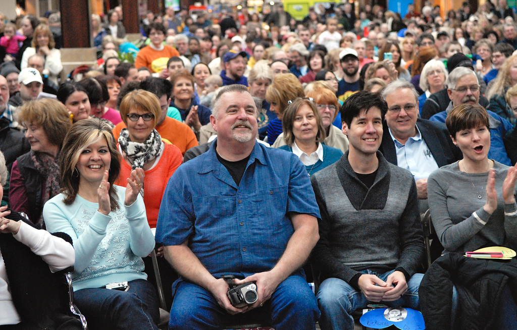 Description of . Jeff Forman/JForman@News-Herald.com An large, enthusiastic crowd fills the concourse to see the Deepwood Idol Show March 29 at the Great Lakes Mall. The show was presented by the Lake County Board of Developmental Disabilities/Deepwood.