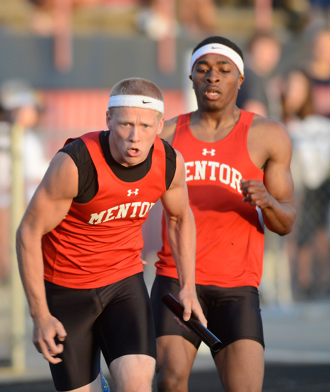 Description of . Maribeth Joeright/MJoeright@News-Herald.com<p> Mentor boys 4X400 meter relay team took third place and qualfied for the state meet during the Division I regional finals.