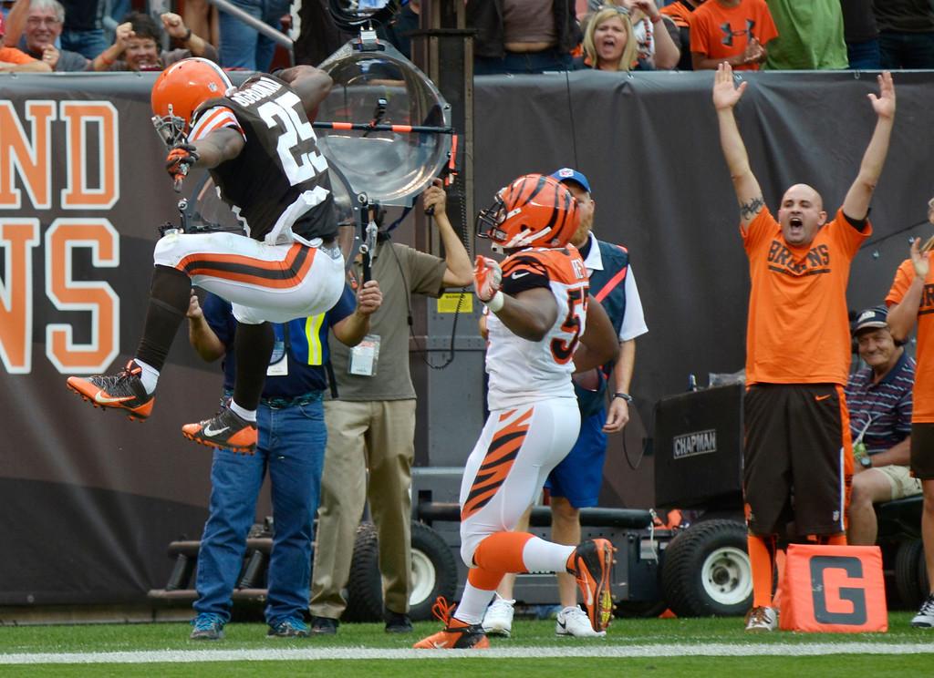 . Jeff Forman/JForman@News-Herald.com Chris Ogbonnaya celebrates his fourth quarter touchdown against the Cincinnati Bengals Sunday at FirstEnergy Stadium.