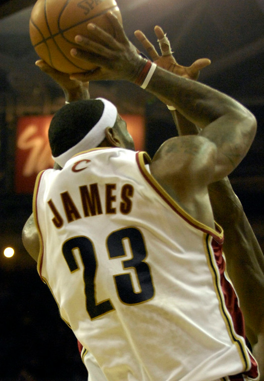 . LeBron James shoots and scores in the waning minutes against the Celtics in Game 6 of the Eastern Conference Championships Friday.