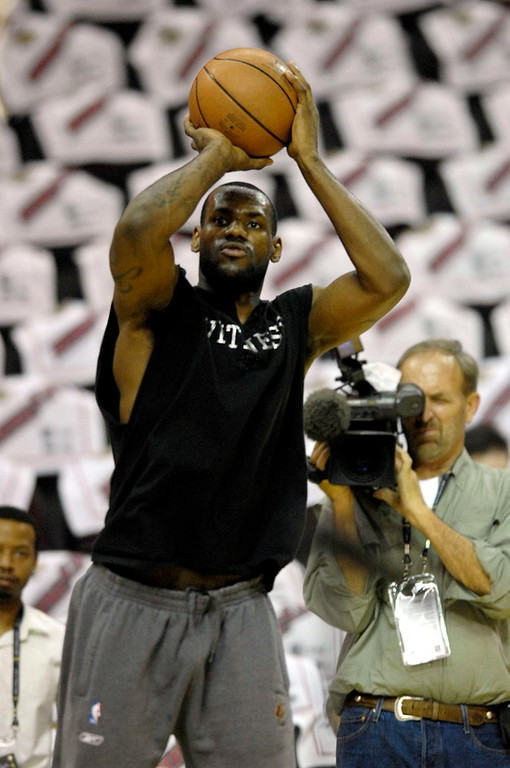 . Michael Blair/MBlair@News-Herald.com LeBron James warms up roughly 2 and a half hours before the start of game three of the NBA  finals at the Quicken Loans Arena.